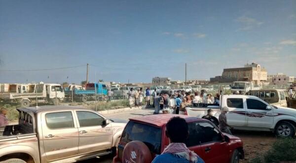 سقطرى: مسيرات غاضبة احتجاجاً على احتكار المشتقات النفطية من قبل الانتقالي