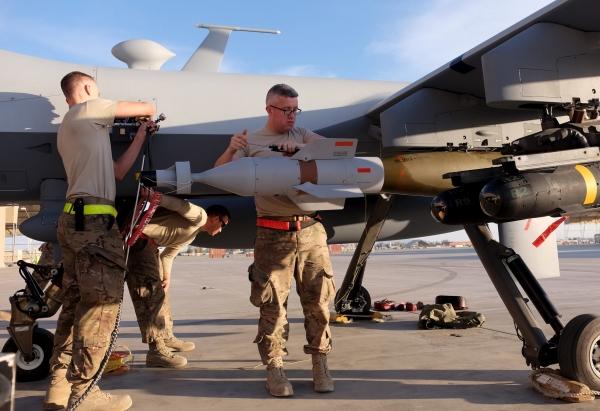 على خلفية انتهاكات في اليمن.. الكونجرس الأمريكي قد يصوت اليوم على وقف صفقة بيع اسلحة للإمارات