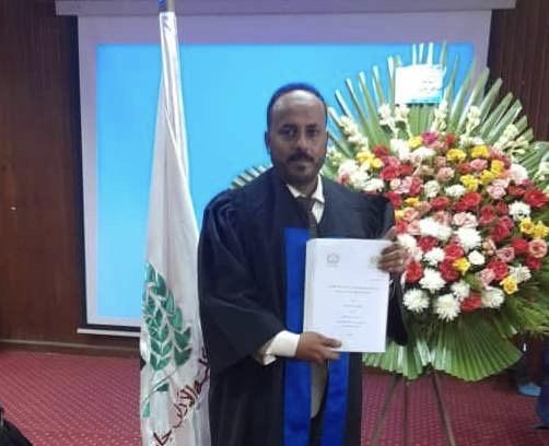 الدكتوراه بامتياز مع مرتبة الشرف الأولى للباحث اليمني مشتاق جودات من جامعة المنصورة المصرية